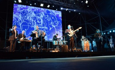 Los Palmeras cerraron otro exitoso festival de doma y folclore