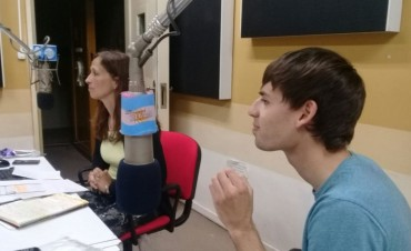 Conectados por la Radio y los juegos