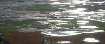 Scioli con el gabinete de emergencias, ante lluvias e inundaciones