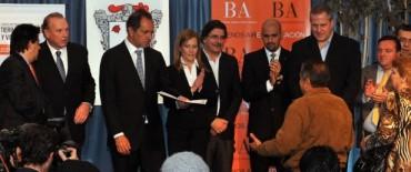 La provincia cede tierras fiscales para la construcción de viviendas