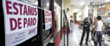 Nuevamente con alto acatamiento al paro, los estatales se manifiestan contra el pago desdoblado del aguinaldo