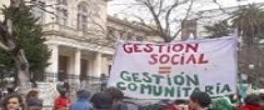 La Federación de Cooperativas y Entidades Afines de Enseñanza de la Provincia (FECEABA)  lamentó la dimisión de  Silvina Gvirtz