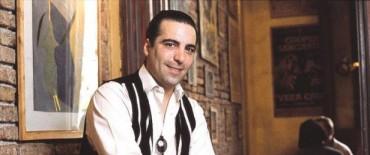 Se presenta Hugo del Carril (hijo) en el Teatro Municipal