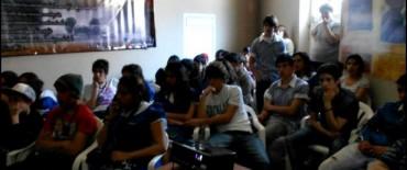 """Encuentro con alumnos de la Escuela Secundaria Nº 2 en el Museo Municipal de Sitio """"Calera La Libertadora"""""""