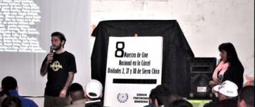 """8º Muestra de Cine """"El cine nos mira"""""""