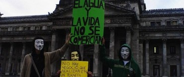 Anonymous atacó la página web del Congreso