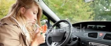 En Córdoba podrían ser multados quienes fumen mientras manejan