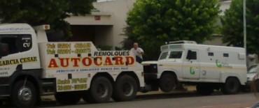 Los fondos de la Provincia no llegan a fin de año: un camión caudales en problemas en Olavarría