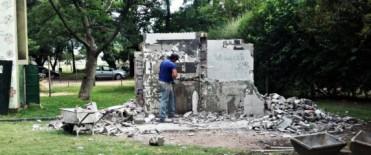"""Comenzó la reconstrucción de baños en el Parque Municipal """"La Máxima"""""""