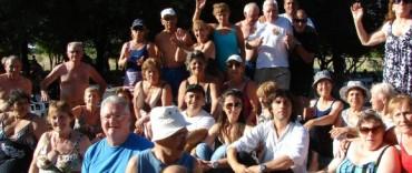 Más de 200 adultos mayores participaron de una charla sobre nutrición en la Base Bonino
