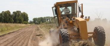 Azul: Trabajos en caminos rurales