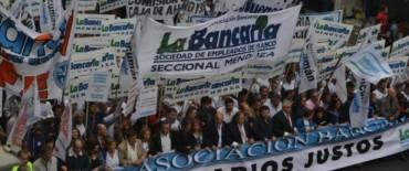 Bancarios: Inician negociaciones directas sobre el salario bancario