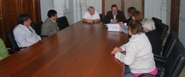 """El Jefe de Gabinete recibió a dirigentes de la Sociedad de Fomento """"Villa Aurora"""""""