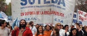 Este  lunes habrá clases, pero los docentes no descartan nuevas protestas