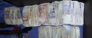 Aprehendieron a una persona con 11 tizas de cocaína y más de 10 mil pesos