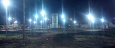 Habilitaron la iluminación de la plaza Manuel Belgrano y de la avenida Eva Perón