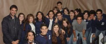 Alumnos de 6to año de secundaria de la Escuela Cristiana Evangélica visitaron el Archivo Histórico Municipal