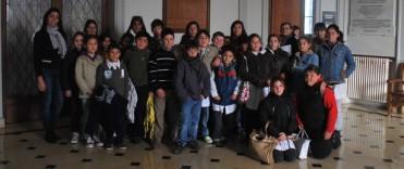 """Visita de estudiantes de Espigas y el paraje """"El Porvenir"""" a la Municipalidad"""