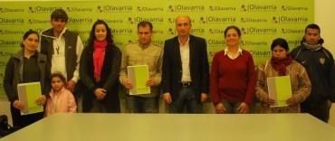 Eduardo Rodríguez entregó tenencias precarias a vecinos de Olavarría