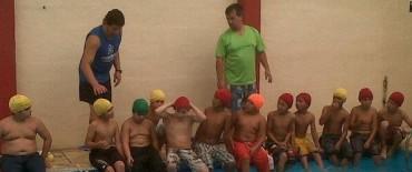 """Con más de 70 chicos continúa el Programa """"Todos Podemos Nadar"""""""