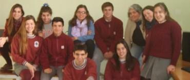 Jóvenes y Memoria: los alumnos del Colegio Rosario investigan sobre Monte Peloni