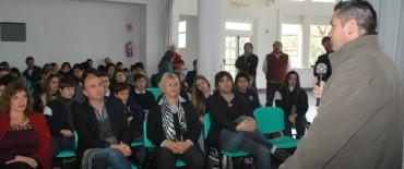 La Presidenta del Concejo Deliberante inauguró el 1º Encuentro de Capacitación en promotores de salud y liderazgo escolar