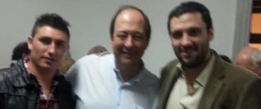 Olavarrienses de Generación R acompañaron al senador radical Ernesto Sanz en 25 de Mayo