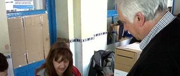 Ernesto Cladera Votó en la Escuela 49