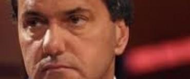 Scioli emitió bonos para pagar a proveedores